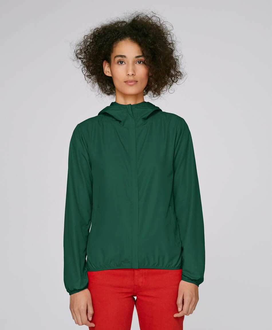 Recycelte Damen Polyesterjacke in bottle green Frau